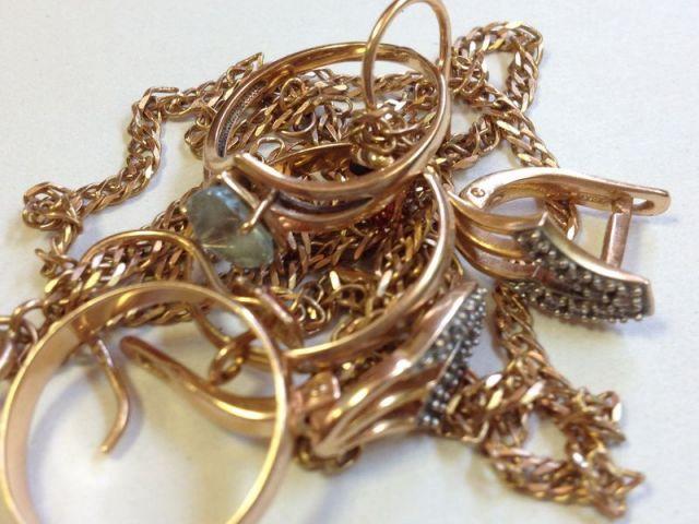 В Ставрополе квартиранты похитили у хозяйки золото на 700 тысяч рублей