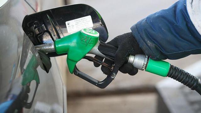 «Роснефть» прогнозирует рост цен на топливо в 1,5 раза