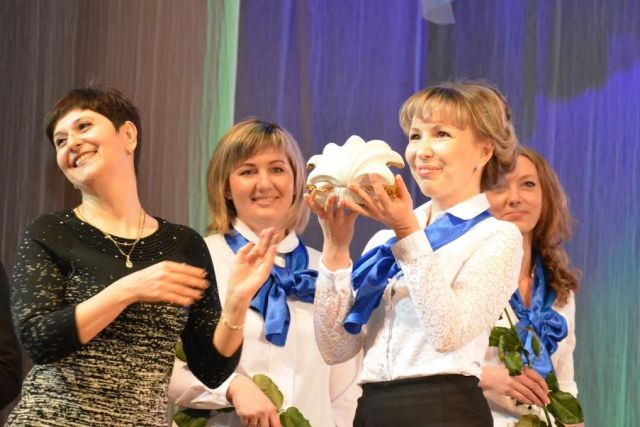 Лучший учитель Ставрополя получил сертификат на квартиру