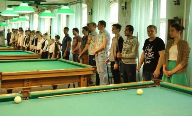 Открытый городской турнир по бильярду прошёл в Ставрополе