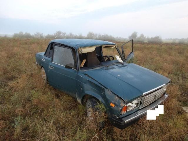 На Ставрополье водитель скрылся с места ДТП, оставив в автомобиле травмированного пассажира