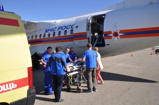 Из Ставрополя самолётом МЧС эвакуировали пострадавшую в ДТП женщину