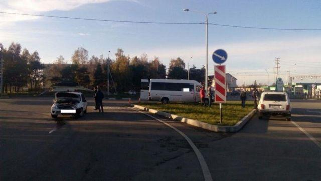 В Ставрополе маршрутка столкнулась с легковушкой, пострадали две пенсионерки