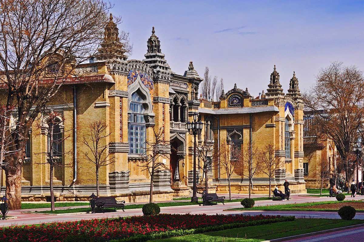 Нарзанную галерею Кисловодска отреставрируют к осени 2018 года