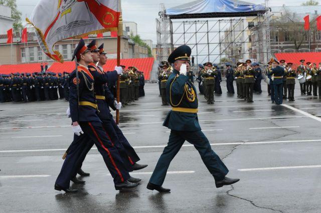 Около 1,5 тысячи военнослужащих ЮВО и представителей других силовых ведомств готовятся к параду Победы в Ставрополе