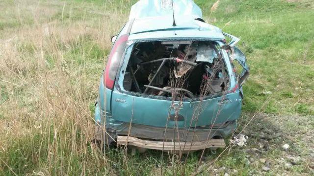 На Ставрополье столкнулись легковушка и пассажирский поезд, есть пострадавший