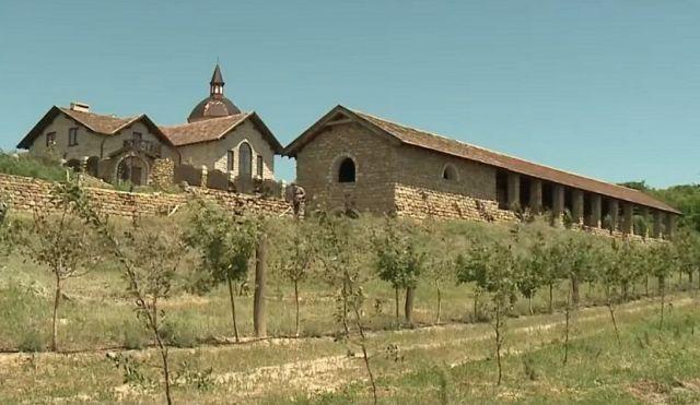 Вино из Петровского района получило признание бургундцев