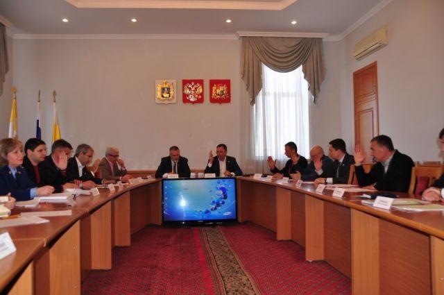 Депутаты обсудили тему функционирования платных парковок в Ставрополе