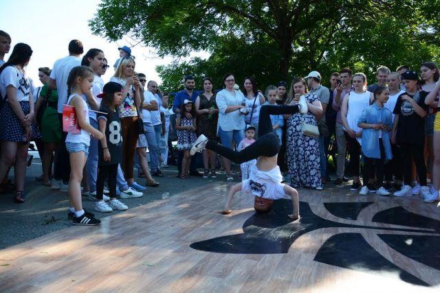 День молодёжи Ставрополь отметил большим фестивалем на Комсомольском озере