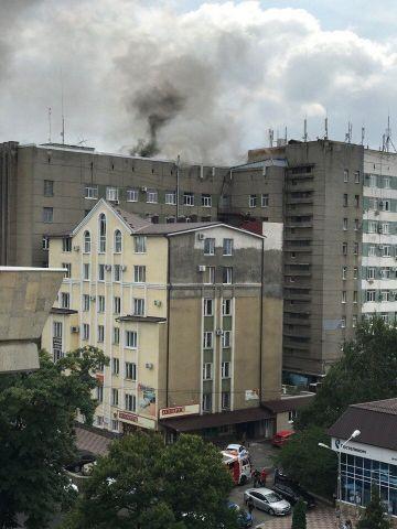 В центре Ставрополя разгорелся пожар