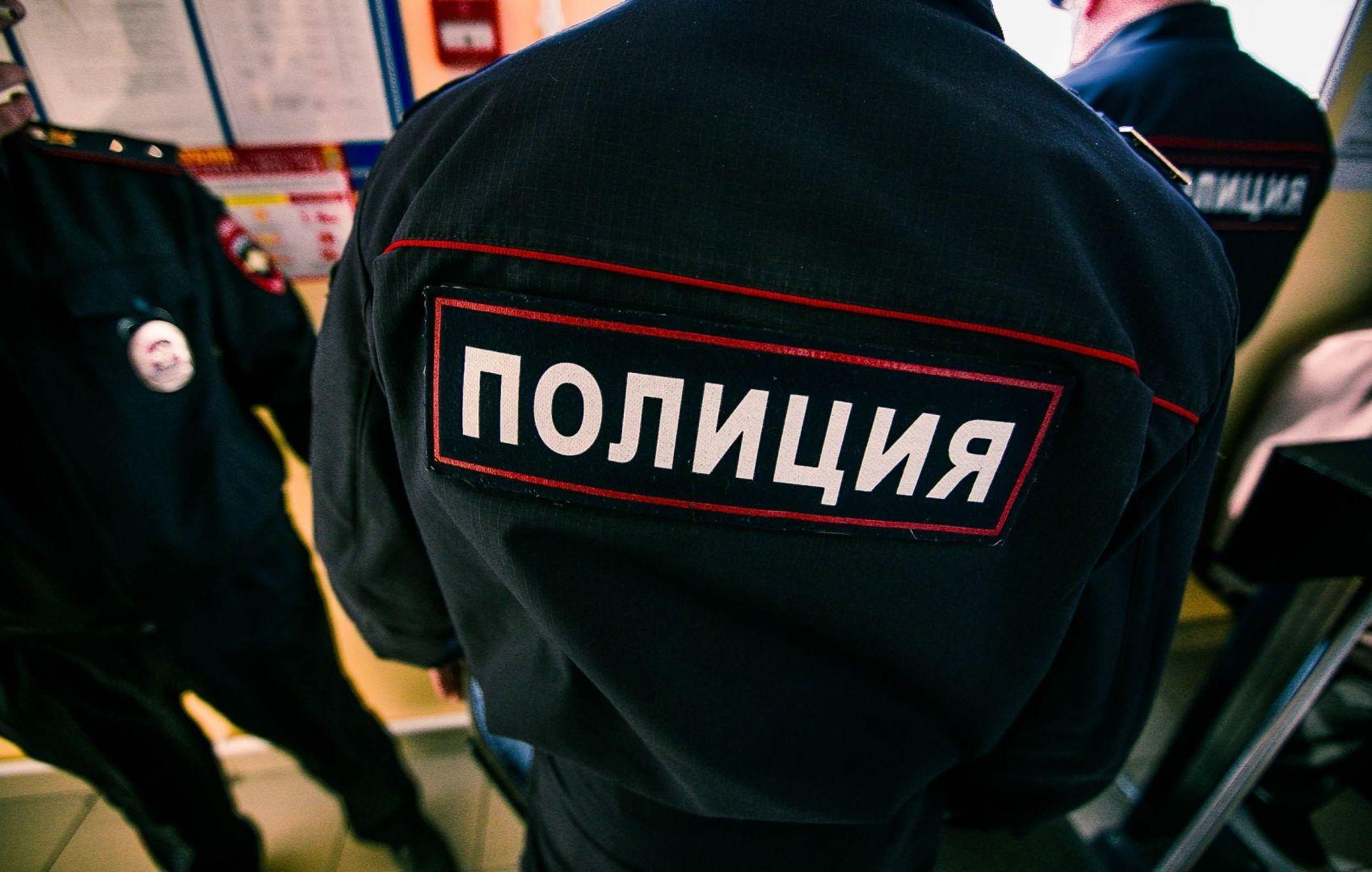 В Невинномысске двое жителей соседнего региона напали на полицейского
