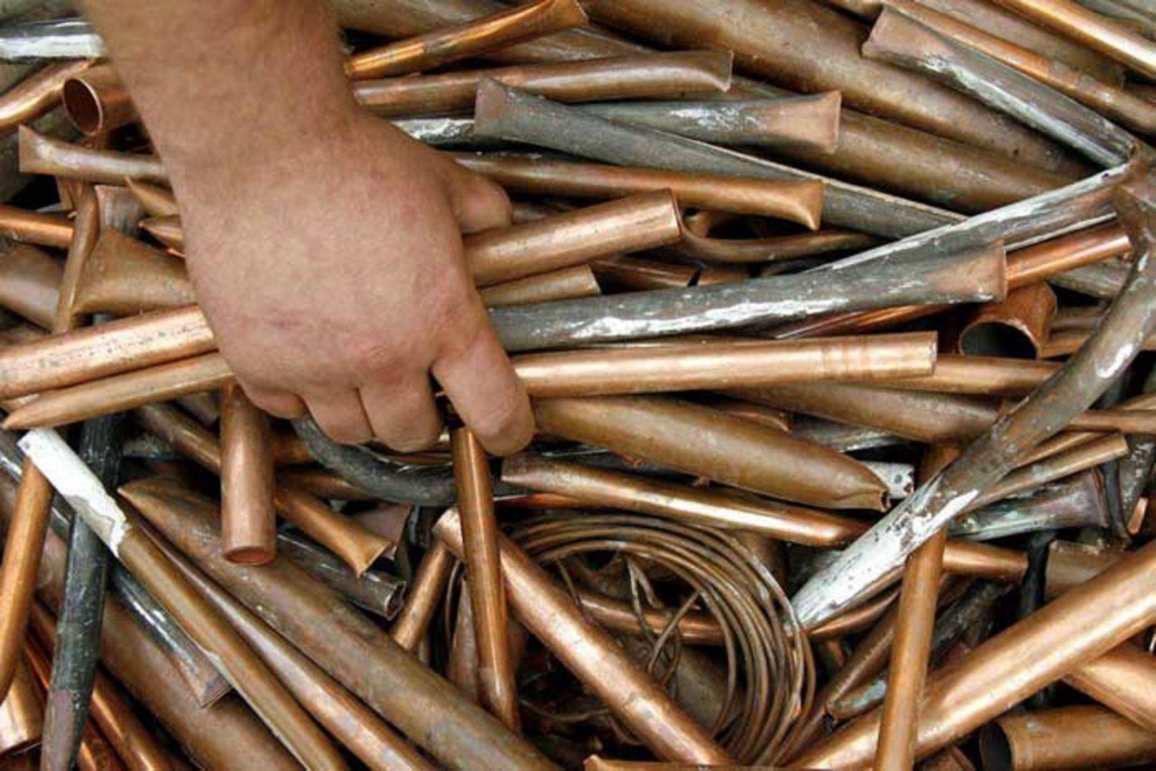 Житель Ставрополья украл более двух тонн металлических труб