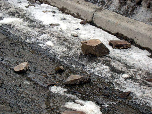 Прокуратура обязала власти Кисловодска устранить камнепад возле школы