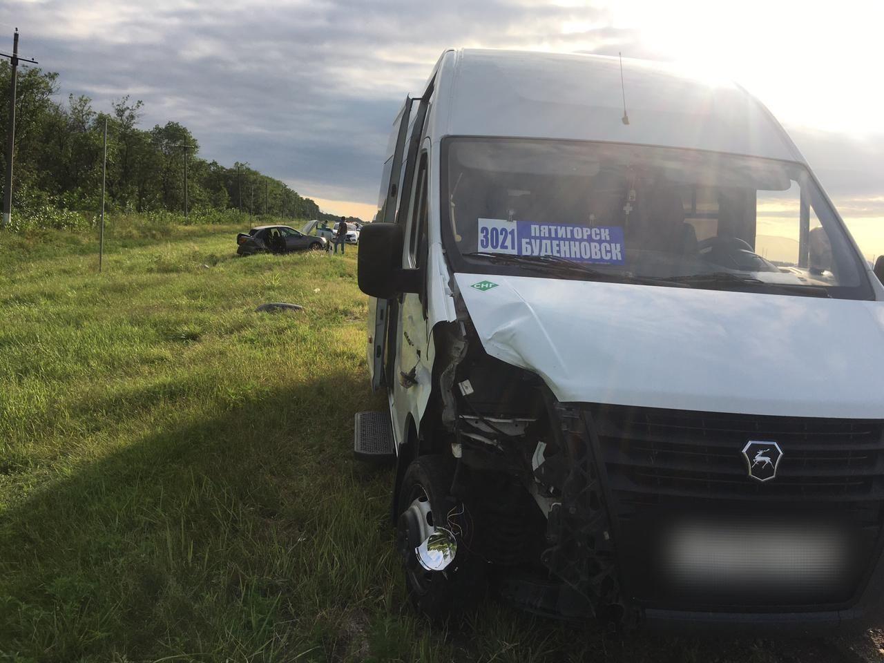 В Ставропольском крае ребёнок пострадал в ДТП с пассажирской «Газелью»
