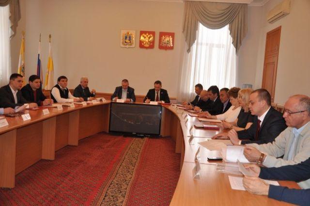 Парламентарии обсудили проблемы платных парковок и отлова бездомных животных в Ставрополе