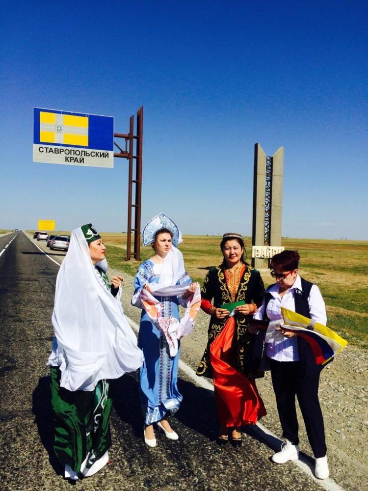 Участников «Бега Мира» встретили в Нефтекумском городском округе