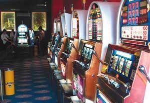 Милиционерами изъято 500 тонн игровых автоматов