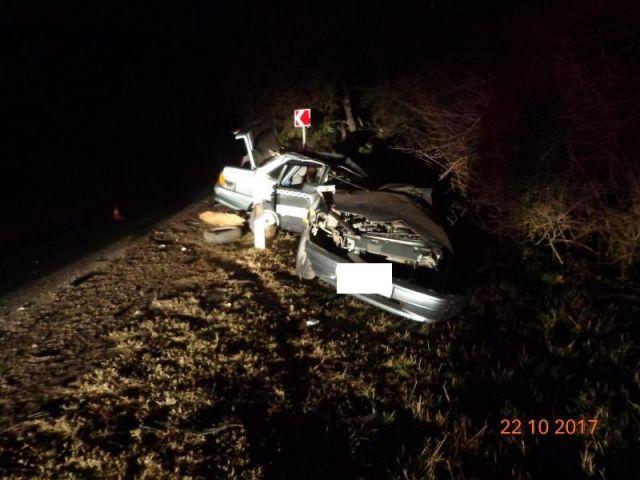 В Ставрополе в лобовом столкновении погиб водитель из КЧР