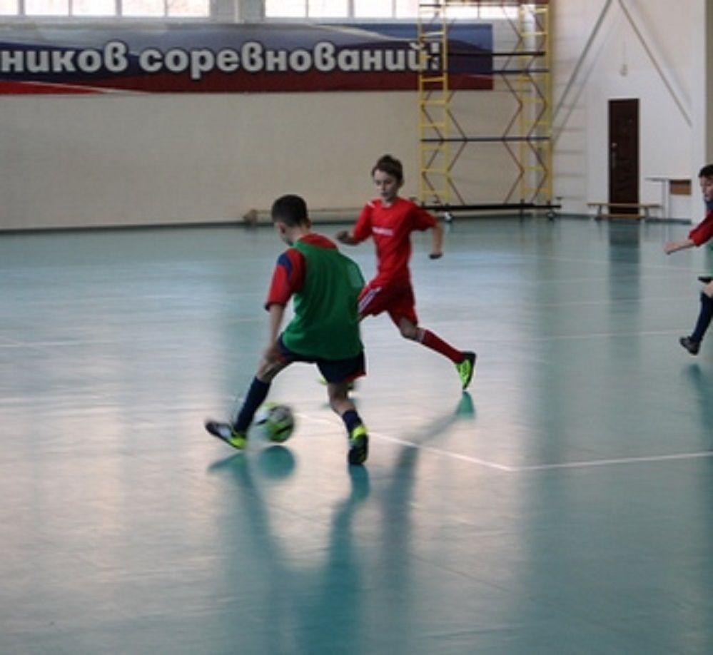 Юные футболисты СКФО борются за Кубок именитого тренера в Кисловодске