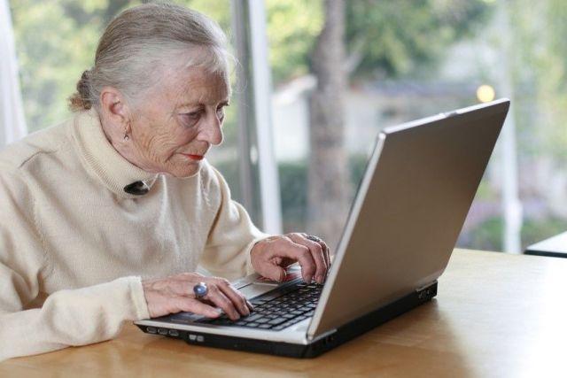 Пенсионеров Ставрополя научат пользоваться электронными госуслугами