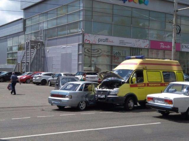 В Ставрополе машина скорой помощи попала в ДТП