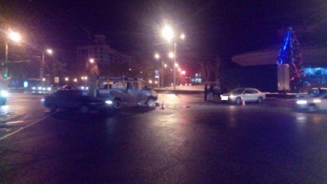 В Ставрополе столкнулись пассажирская «ГАЗель» и легковушка