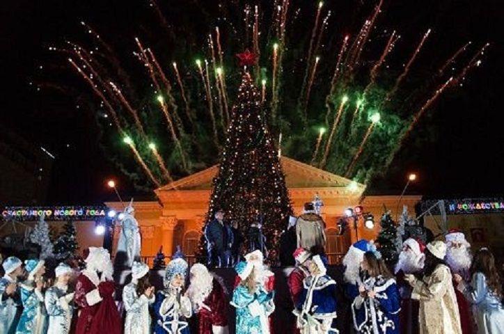 ВСтаврополе 16декабря зажгут огни на основной новогодней елке