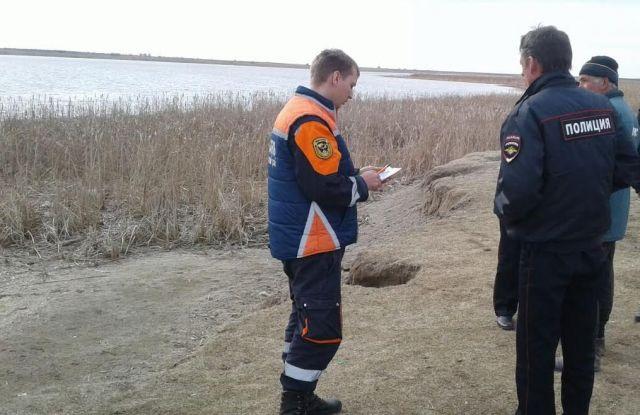 Ставропольские спасатели извлекли из водоёма тело рыбака