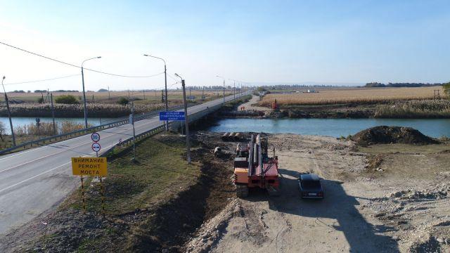 В КЧР начали строить мост через Большой Ставропольский канал
