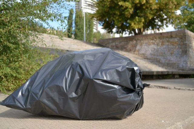 В одном из дворов Ставрополя обнаружили подозрительный пакет