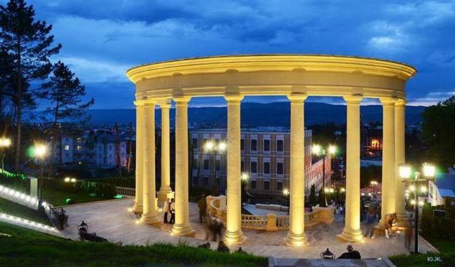 В Кисловодске чиновник подозревается в получении взятки при реконструкции «Каскадной лестницы»