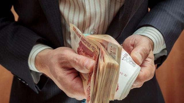 Ставропольского директора ГУПа уволили за самопроизвольное повышение своей зарплаты