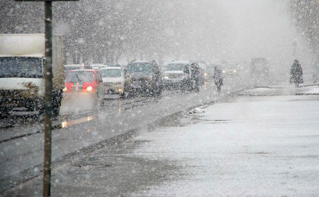 В нескольких районах Ставрополья затруднено движение на дорогах