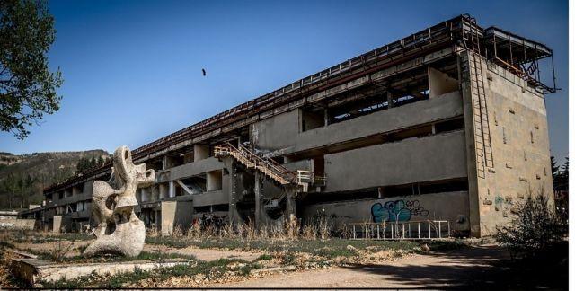 Ставропольские подростки в заброшенных зданиях Кисловодска снимают фильмы ужасов