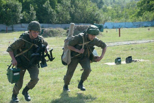 Учения по отражению атак террористов на объекты Минобороны прошли на Ставрополье