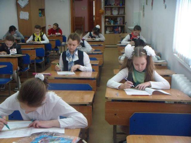 Минсоцзащиты Ставрополья готовится выплатить многодетным семьям компенсацию на приобретение школьных принадлежностей