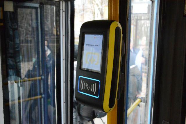 Теперь проезд в троллейбусах Ставрополя можно оплатить одним касанием