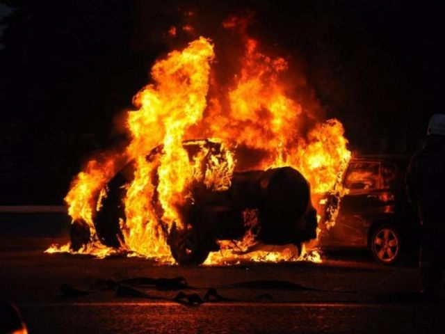 На Ставрополье возбуждено уголовное дело в отношении поджигателя автомобиля