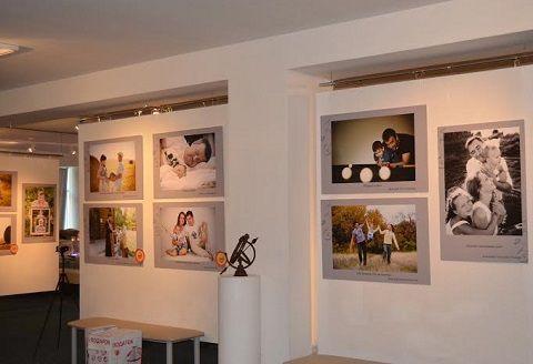 Фотовыставка «Счастливая семья» открылась в Ставрополе