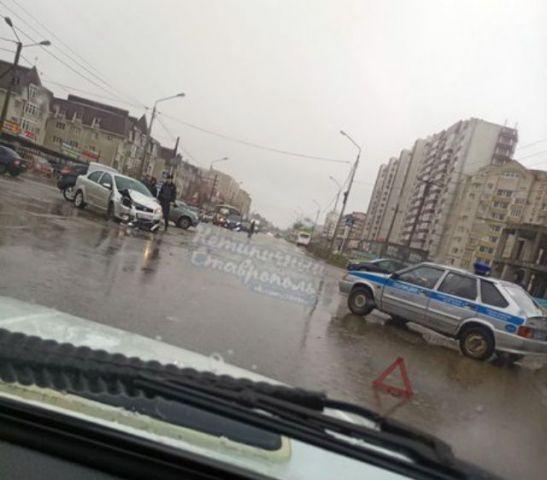 В Ставрополе патрульный автомобиль Росгвардии попал в ДТП