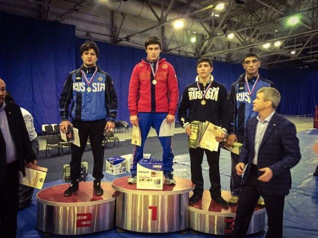 Ставропольские борцы привезли комплект медалей с всероссийских соревнований