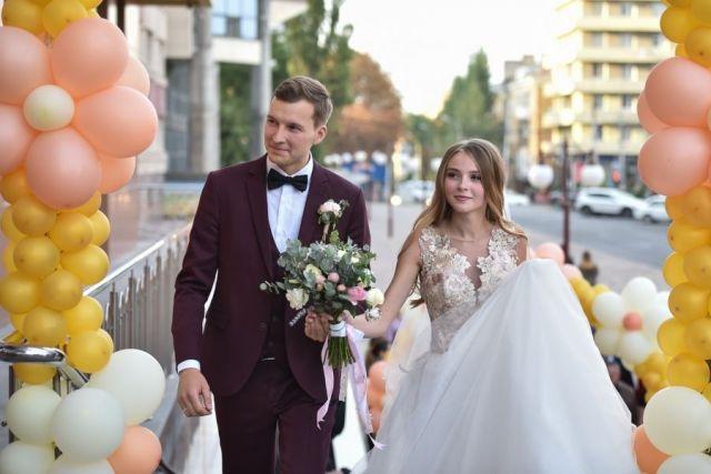 Губернатор Ставрополья побывал на свадьбе в студенческом общежитии