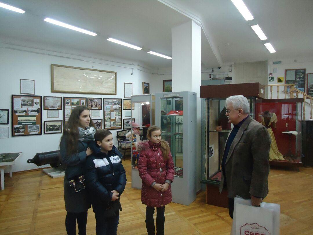 В Пятигорске прошла благотворительная акция для детей погибших сотрудников Росгвардии