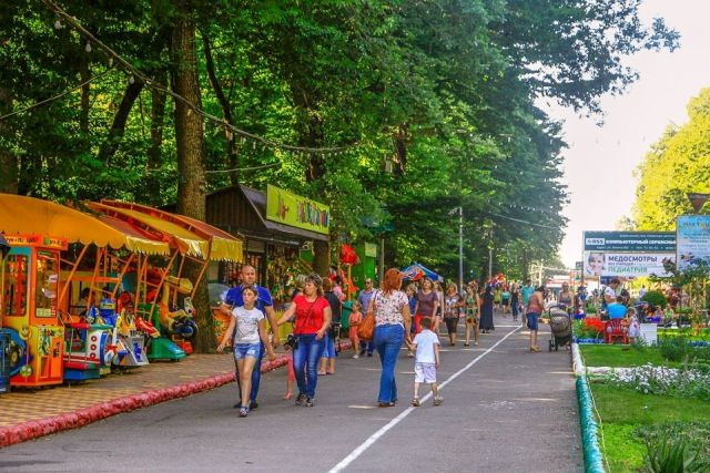Администрация Ставрополя приглашает горожан насыщенно отметить День физкультурника