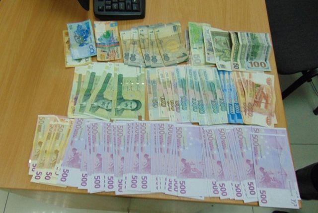В аэропорту Минеральных Вод пресекли крупную контрабанду иностранной валюты