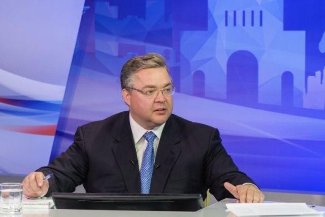 Более 9 тысяч вопросов задали ставропольцы для прямой линии губернатора