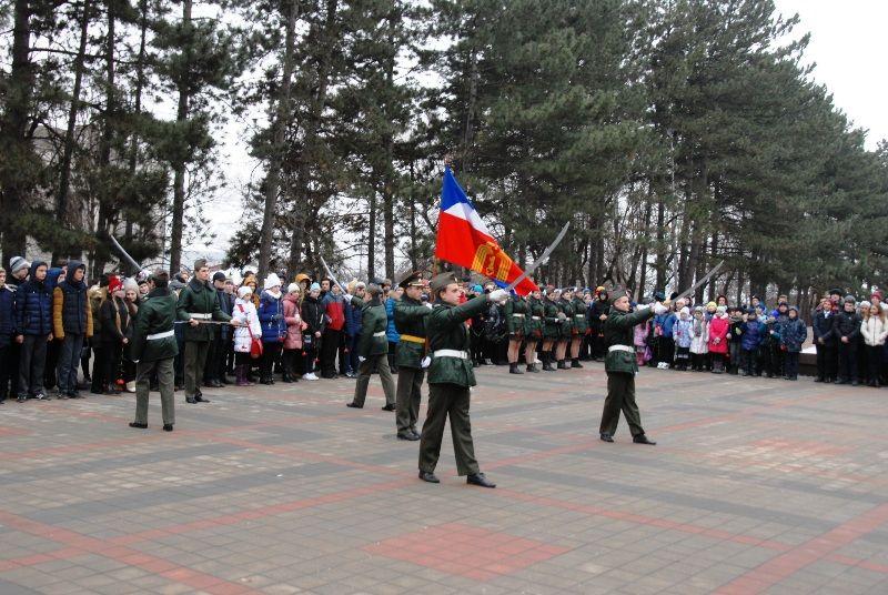 Граждане Минвод подчеркнули 74-летие освобождения отфашистской оккупации