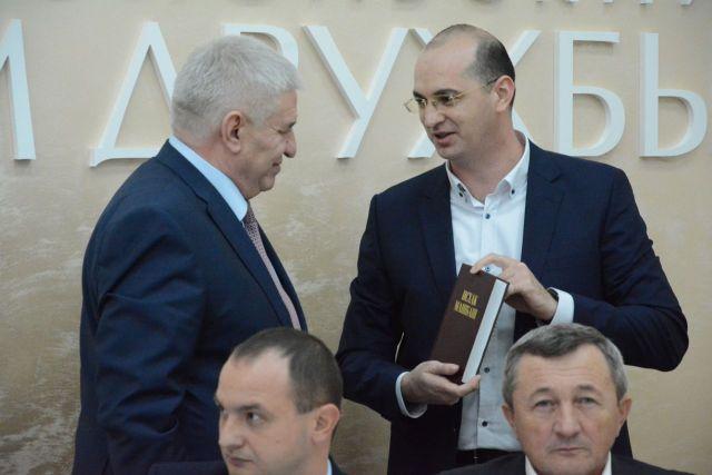 Глава Ставрополя провёл заседание совета по вопросам межэтнических отношений